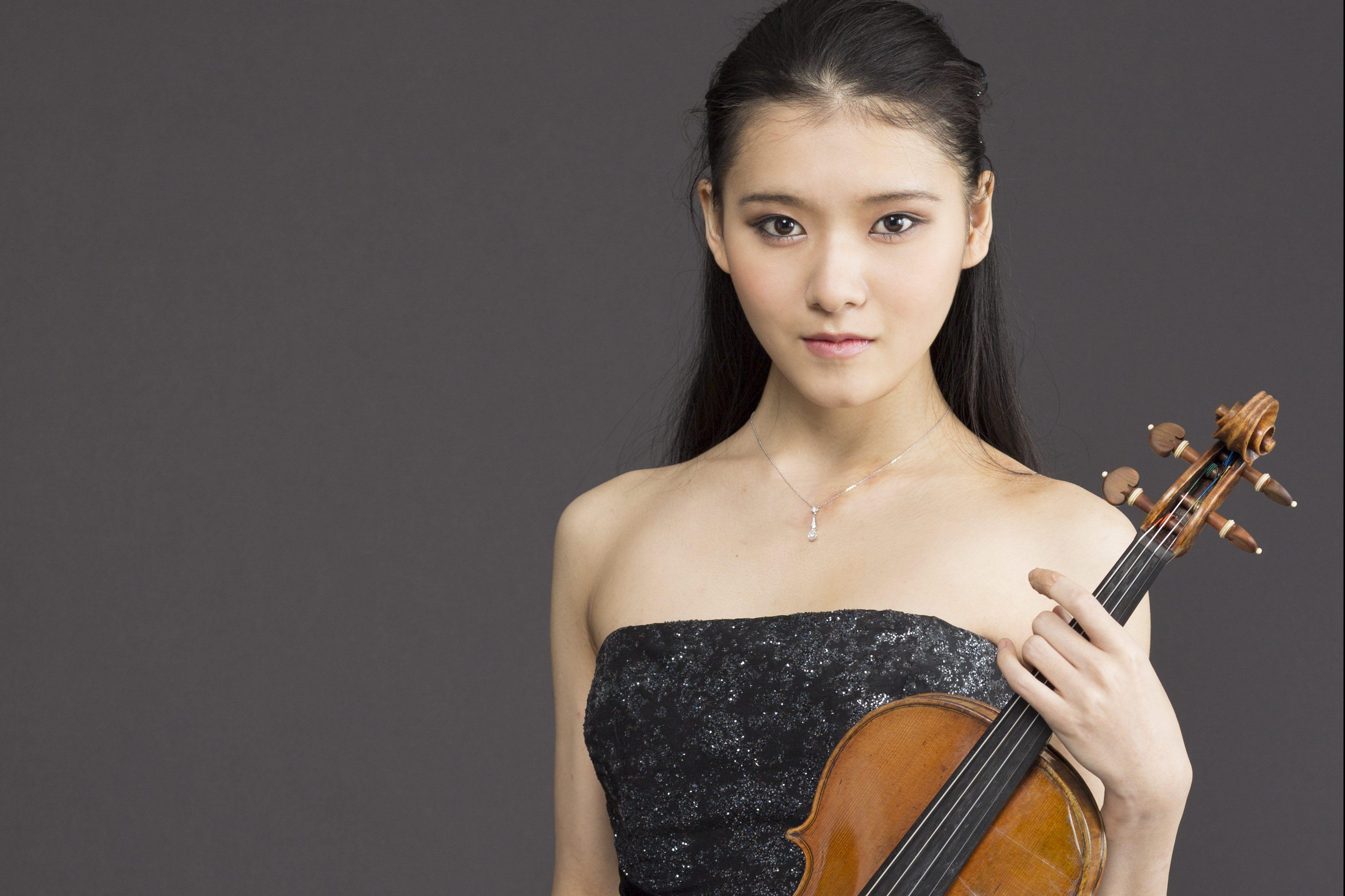 Moné Hattori receives Arion-Toho Music Award