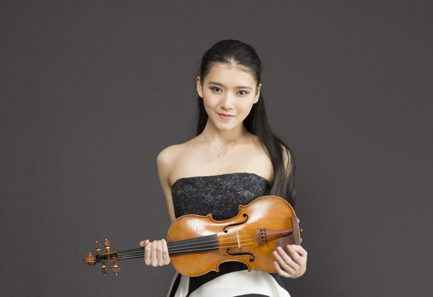 Moné Hattori tours with NHK Symphony Orchestra