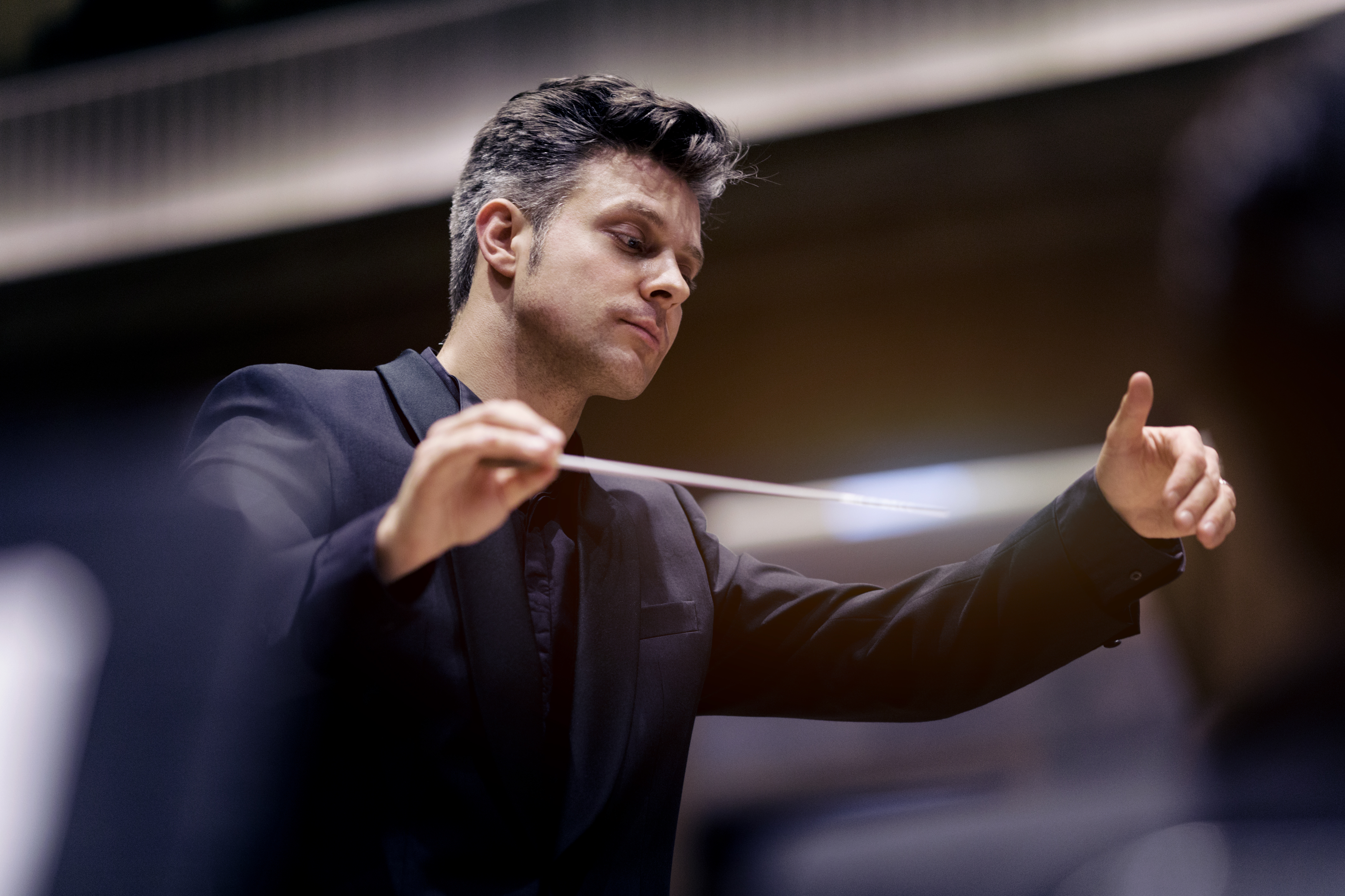 Joseph Bastian debuts with Yomiuri Nippon Symphony Orchestra