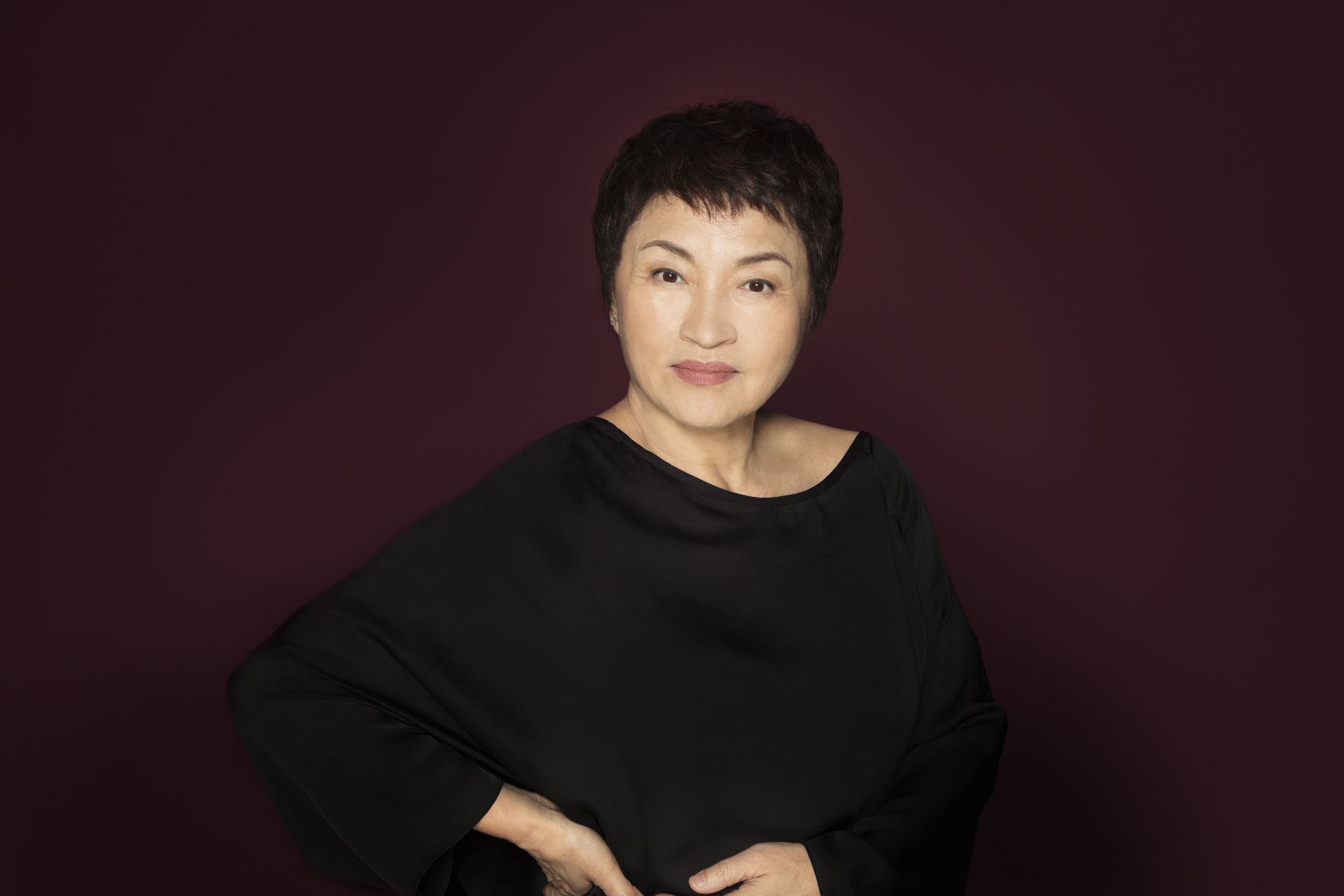 Kyung Wha Chung performs with Tokyo Philharmonic Orchestra